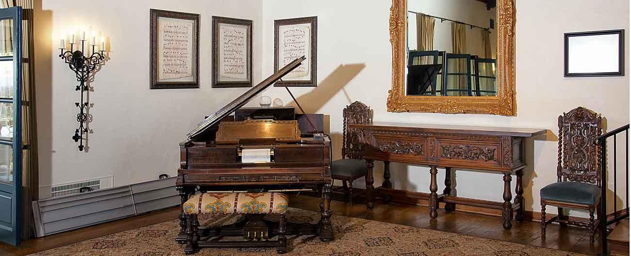 Living Room Bar Geneva